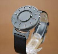 Horloge met voelbare aanduiding met lederen band voor heren